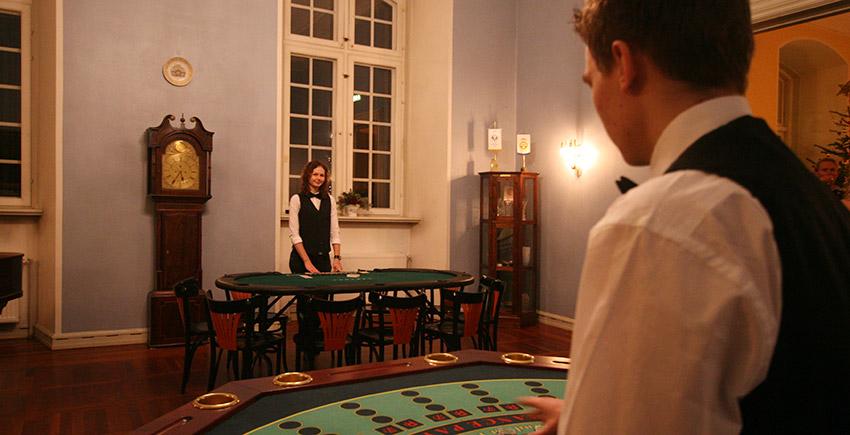 fellow.casino.7